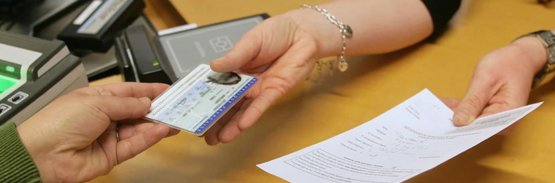 Etat civil, identité, papiers